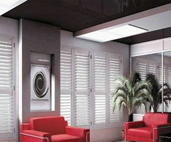 如何为家选购美观实用的百叶窗?