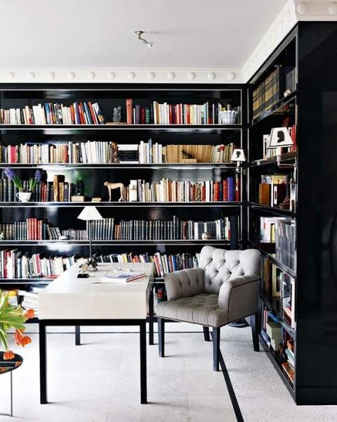 为您的藏书设计一个家庭图书馆