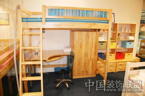 而一套儿童家具