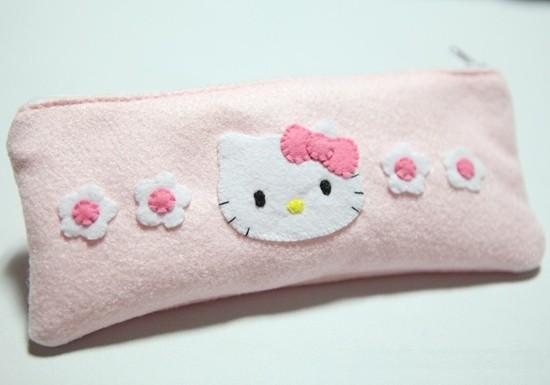 DIY粉色凯蒂猫简易笔袋