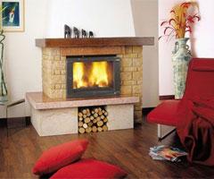 新古典主义客厅中壁炉的设计