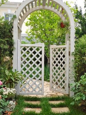 巧用硬质景观巧建花园小品