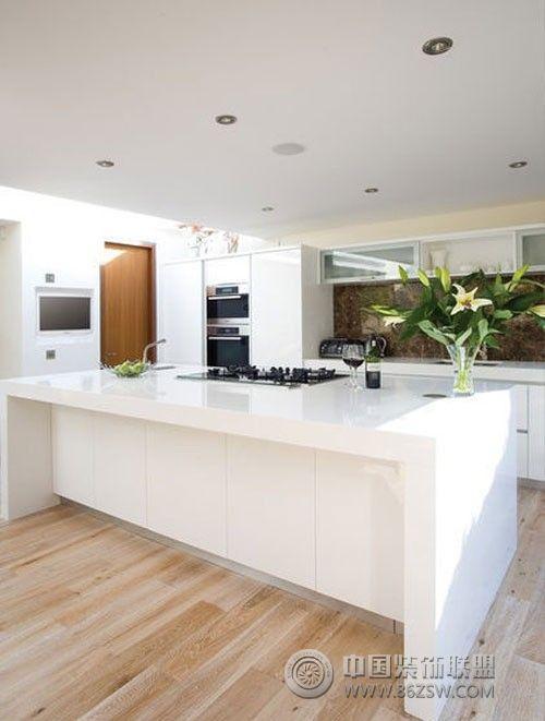 落地台面已成简洁厨房设计新宠
