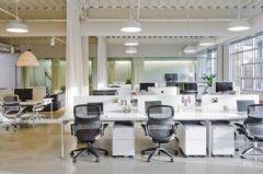 三种不同形式隔断设计改善办公空间