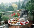 阳台上的茶座