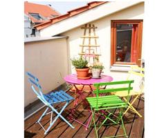 充满糖果色彩的阳台一角现代风格小户型