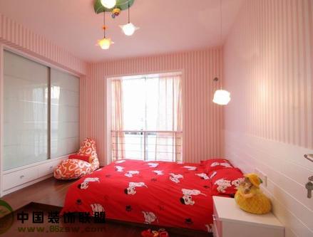 卧室装修粉红色地砖