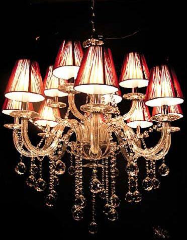 奢华水晶灯饰 营造体验异域风情
