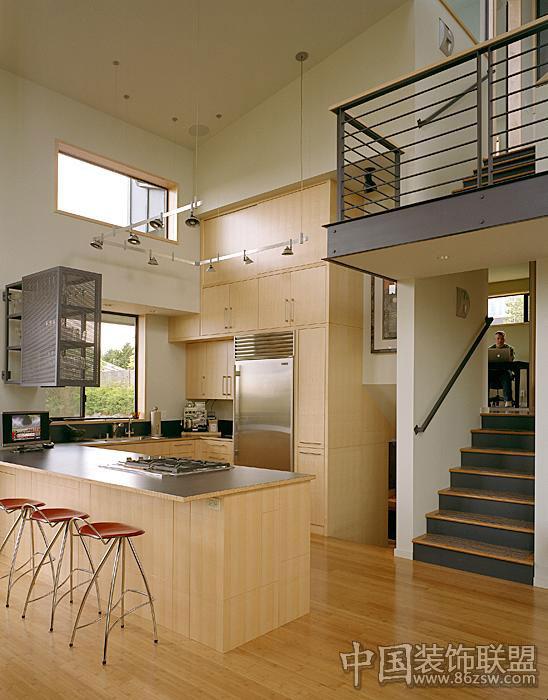 错层式别墅室内设计效果图_中式别墅装修效果图_八六