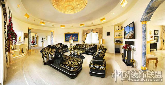 金碧辉煌的西班牙别墅风格-客厅装修图片