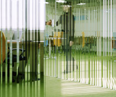 超凡脱俗的玻璃办公室