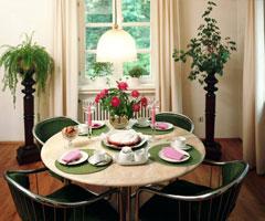 食物与餐桌的完美搭配