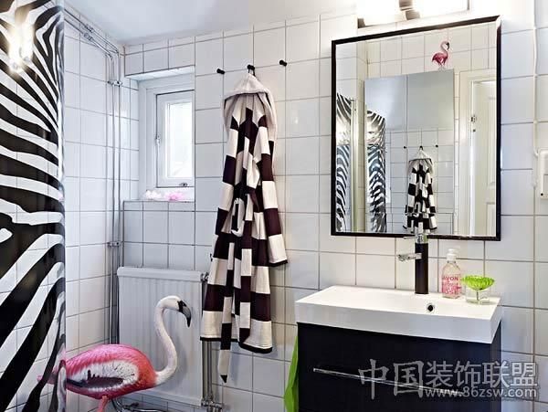 80后白领小资的复式阳光房现代卫生间装修图片