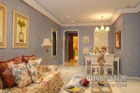 惹眼宫廷奢华风欧式客厅装修图片