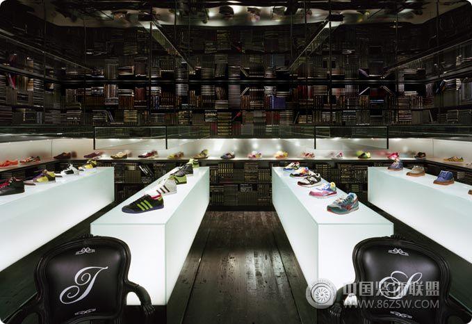 酷炫鞋店个性空间设计 单张展示 专卖店装修效果图