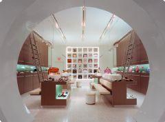 酷炫鞋店個性空間設計