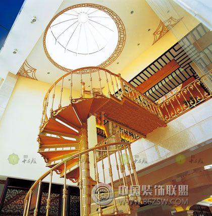 別墅絕佳旋轉樓梯-閣樓裝修圖片