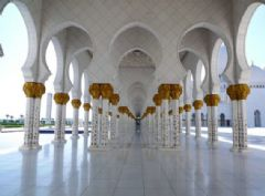 惊叹全球最奢华清真寺
