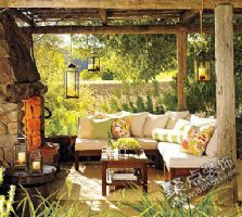 白色沙发的户外搭配 打造夏日清凉感