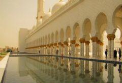用黄金打造全球最奢华的清真寺
