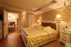 80平米老房子打造成高档金黄色家居