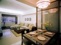 从客厅变出一块温馨的小餐室