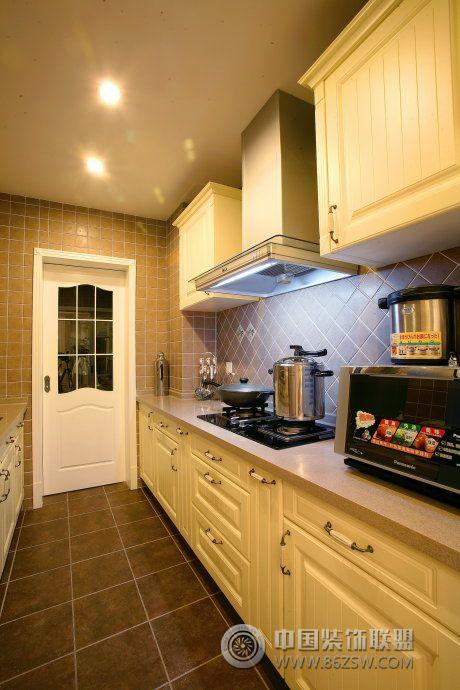田园风格厨房装修效果图