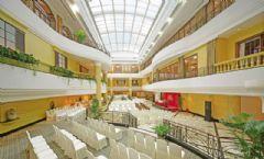 深圳富苑酒店
