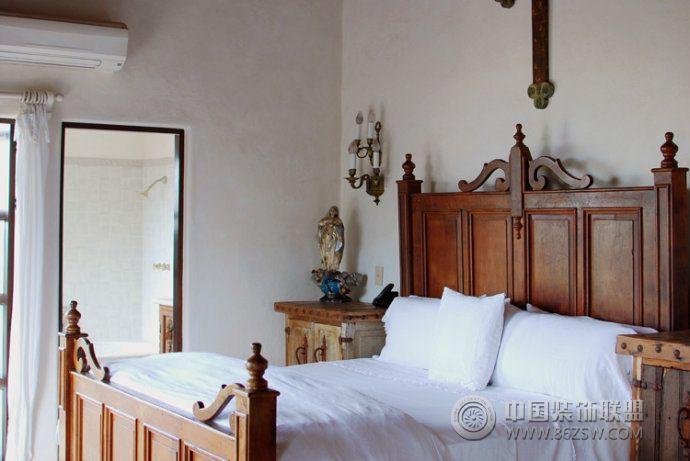 华丽豪宅的别墅卧室-欧式风格装修效果图-宁波装饰网