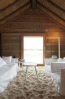 葡萄牙海边度假木设计