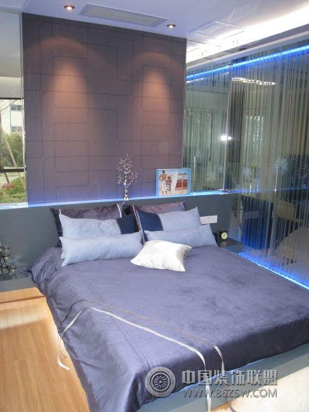 黄金单身汉的现代soho现代卧室装修图片
