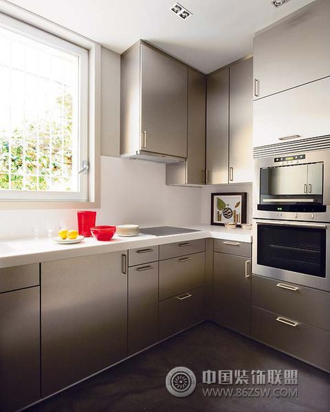 厨房经典配色与收纳设计 三 阳台装修效果图