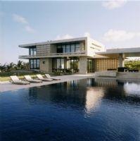 海边超大泳池别墅