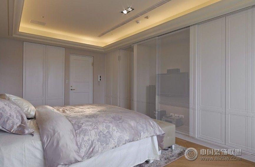 白色简欧现代理想空间简约卧室装修图片