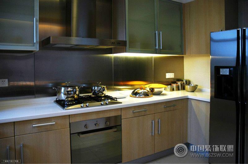 上海美国别墅现代厨房装修图片