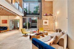 精心设计的复式公寓