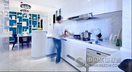 90平米淡蓝色小户型-厨房装修图片