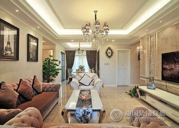 20打造100平米华丽美居欧式客厅装修图片