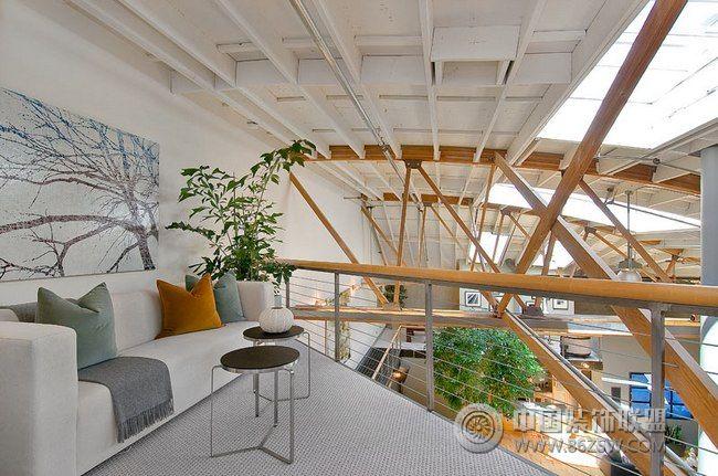 高挑宽敞的loft公寓 客厅装修效果图