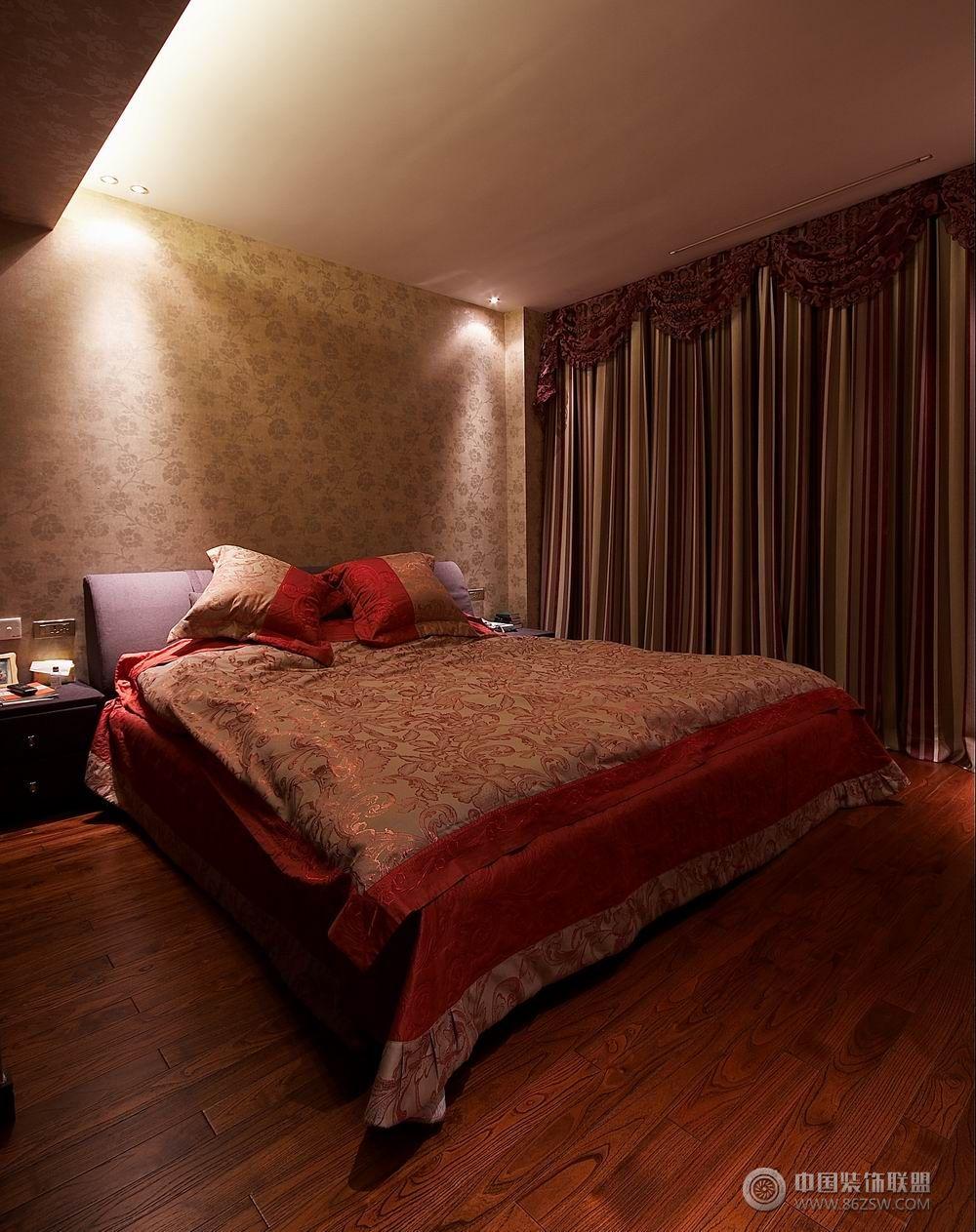 120平米现代温馨婚房卧室装修图片