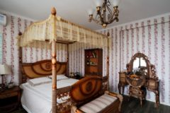 香江明珠中式风格四居室