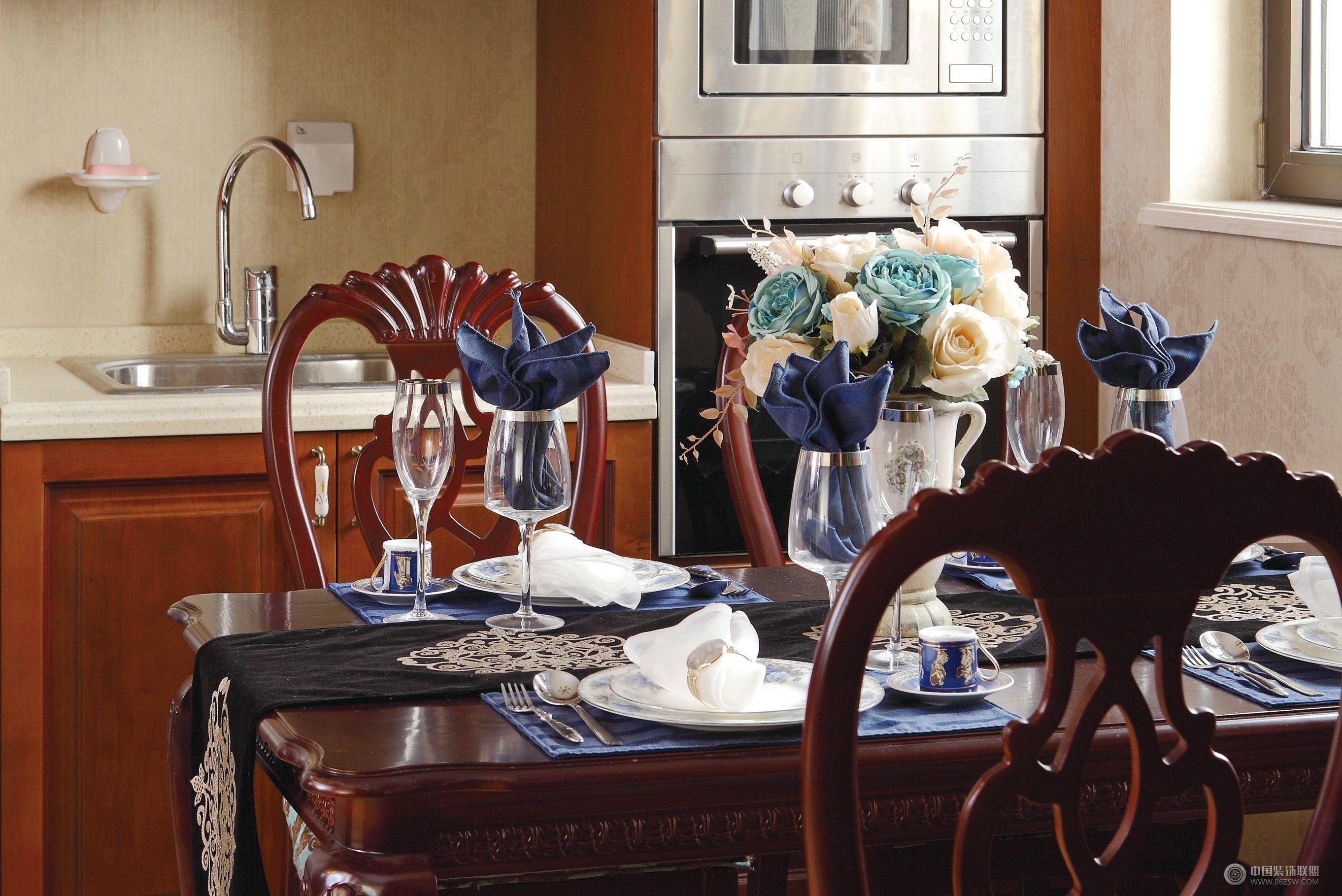成都尚层别墅设计案例——欧式风格-餐厅装修图片