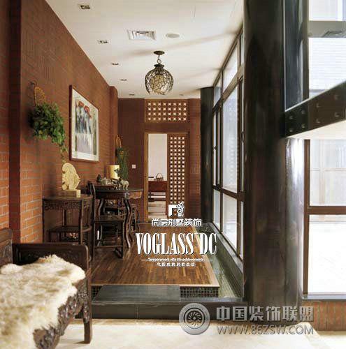 白色 居室:五居室 设计理念: 平层外观的四合院拥有地下,地上双层空间