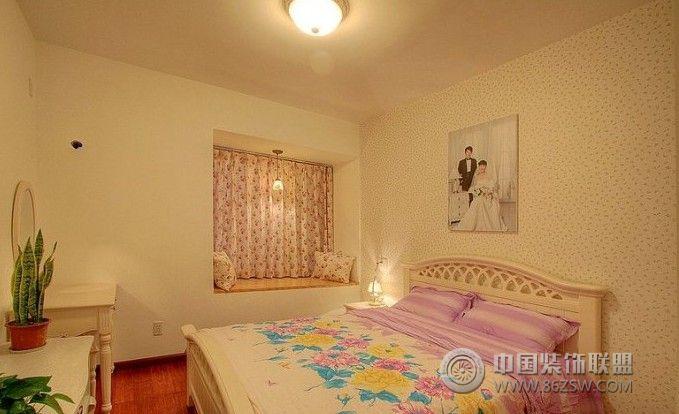 小户型卧室装修效果图 阳台装修效果图