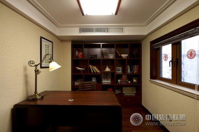 小型办公室欧式装修效果图