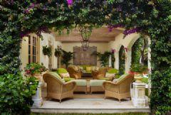 专属春天的装饰 垂吊植物为您打造清新家