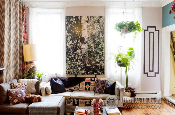 设计理念: 春天来了!我们慢慢的从冬天的阴暗过渡到春天的浪漫阳光,如果你想知道什么是春天的装饰品,那么今天的帖子将使你发疯了!即使我有盆栽植物,悬挂的绿色,和茂密的葡萄,我保证花的家居装饰品不久就会来。