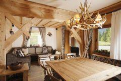 原木色住宅 自然清新的木质公寓