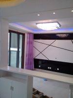 彩虹新城现代风格二居室
