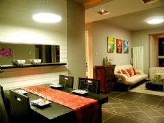 两室一厅旧房改造 时尚混搭风格新婚居